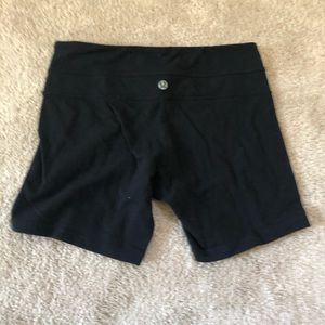 Lululemon Athletica Boogie Shorts 3 inch